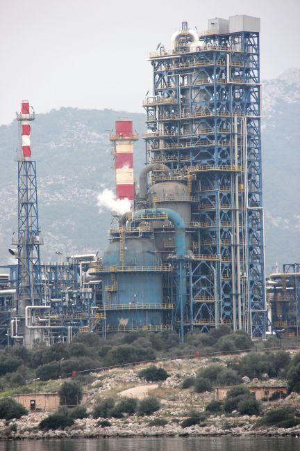 Ραγδαίες εξελίξεις: Εισαγγελική παρέμβαση για τον αντιδραστήρα των ΕΛΠΕ. Έντρομοι κλείνουν τώρα την μονάδα!